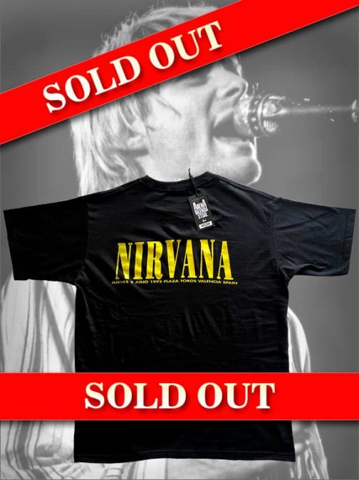 camiseta-nirvana-trasera-con-fondo-kurt-cobain-sold-out